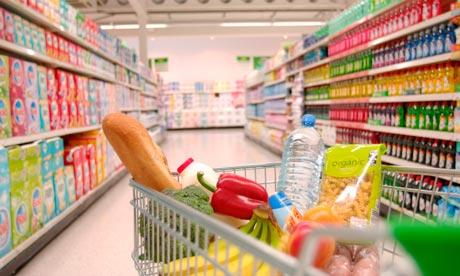 A supermarket trolley fil 007