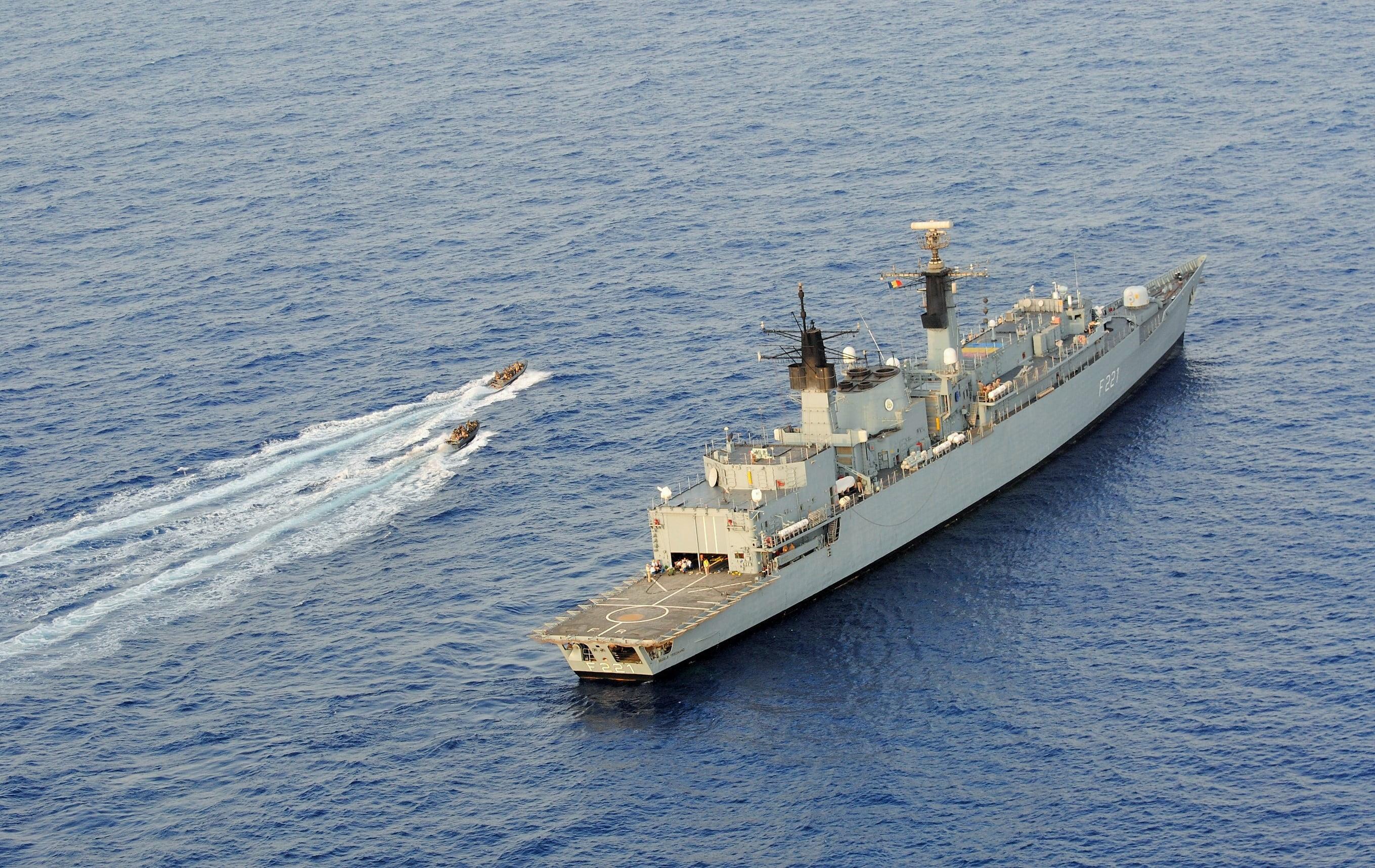 naval fregata ferdinand