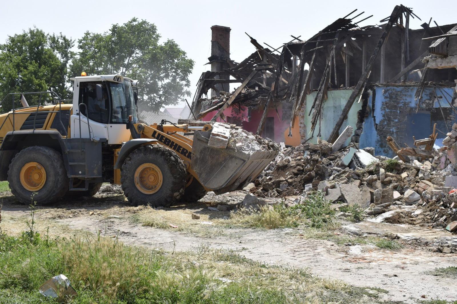 demolare mangalia