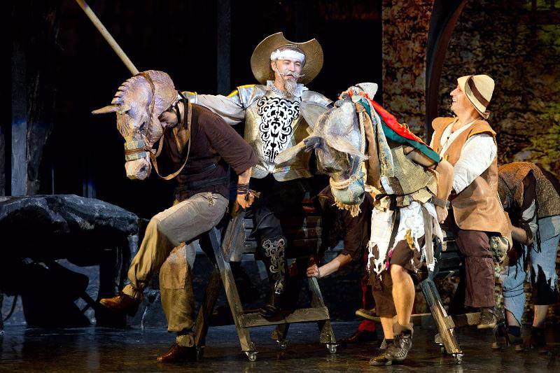 miturile cetatii teatrul de stat constanta