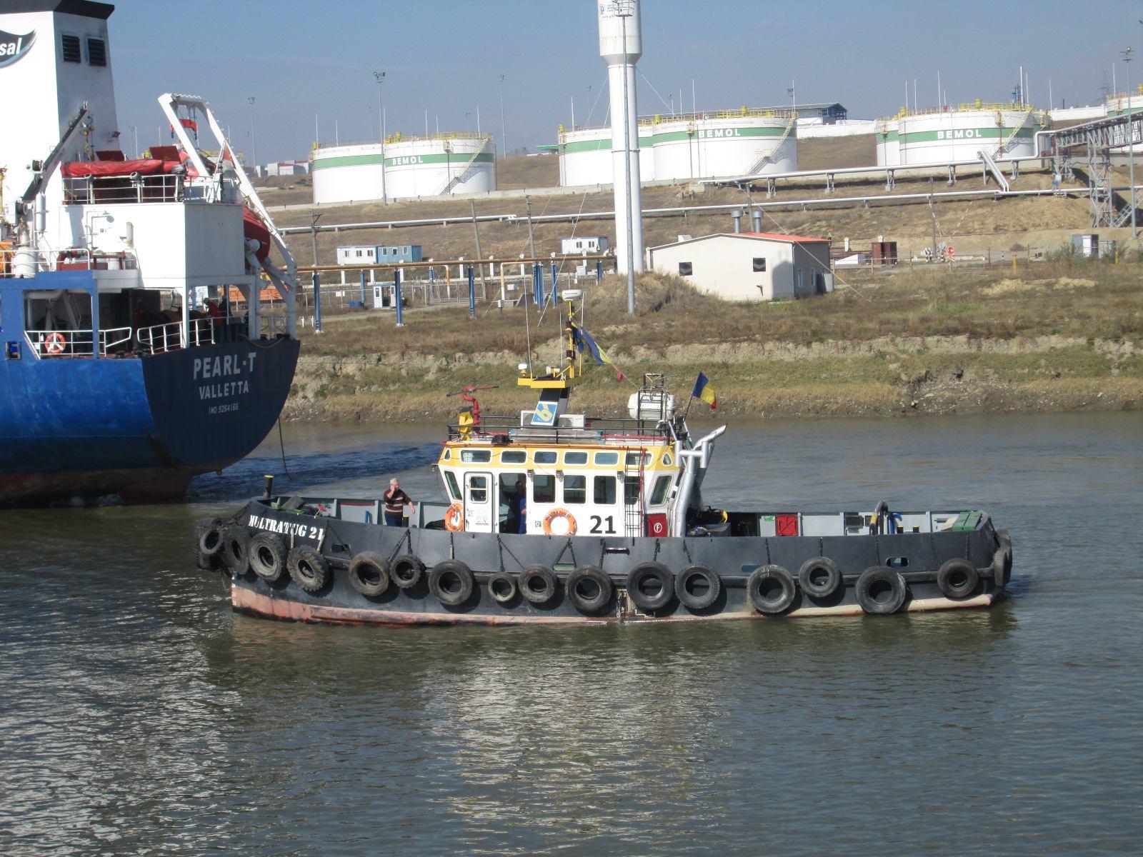 barca nava pavilion romanesc