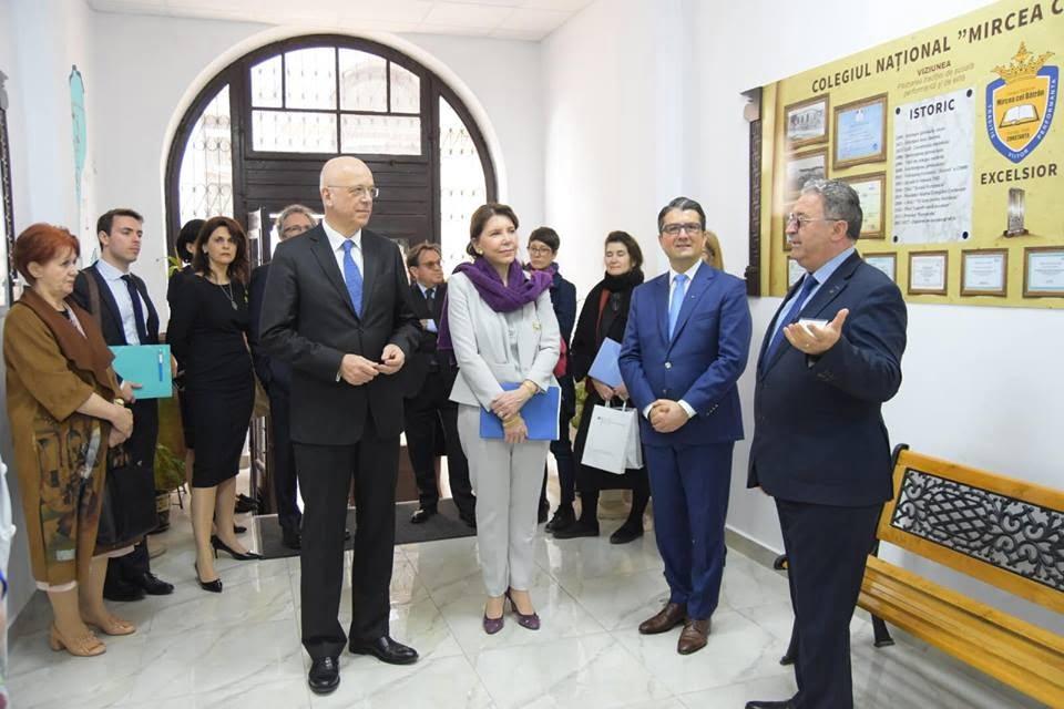 fagadau vizita ambasadori