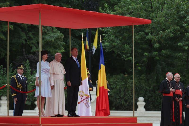 papa francisc iohannis
