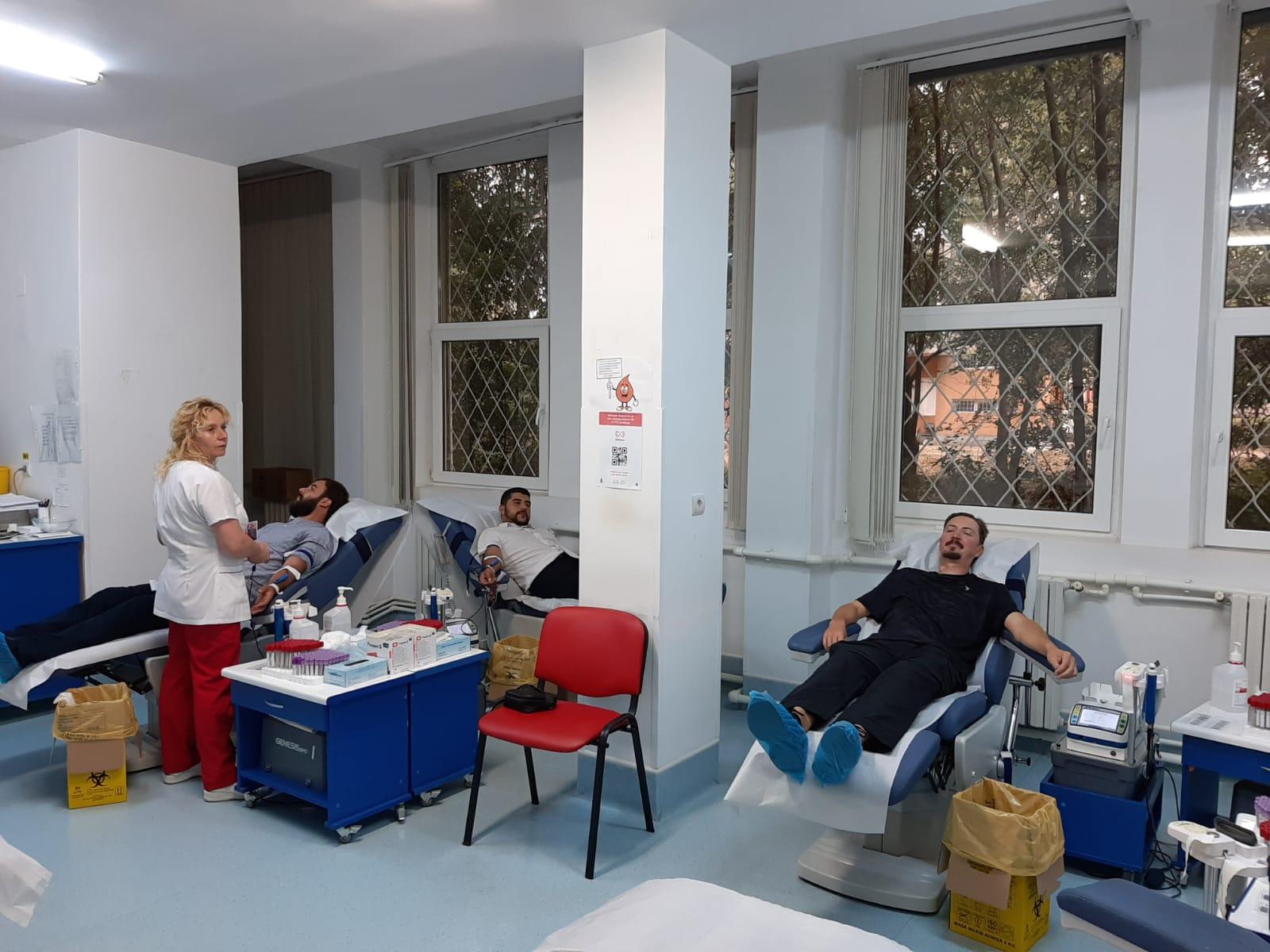 preoti biserica donare sange 1