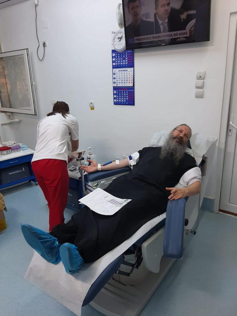 preoti biserica donare sange 2
