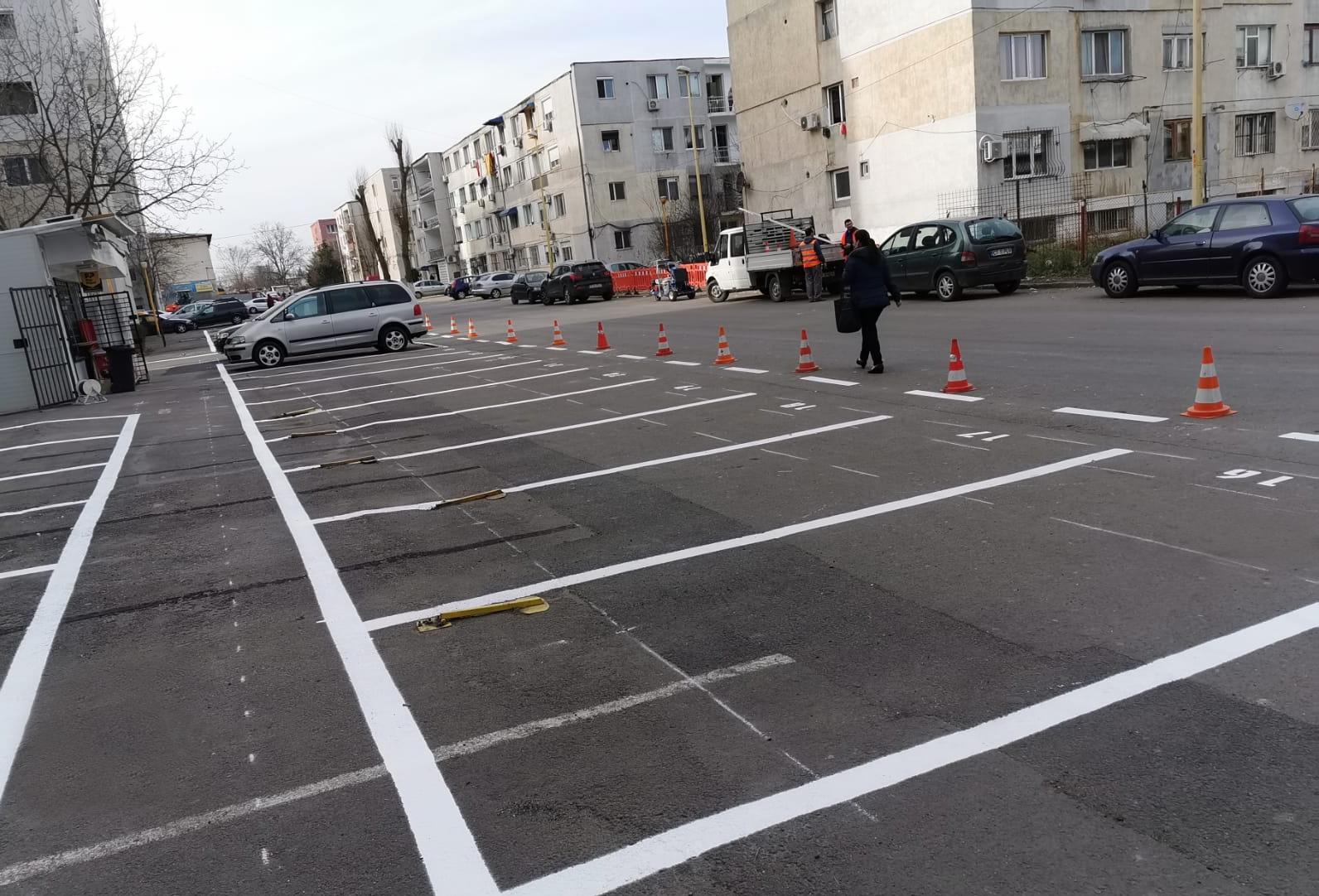 noi locuri de parcare 6