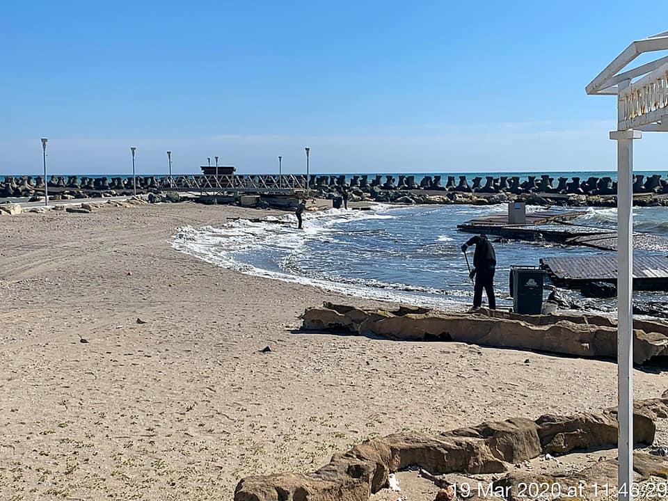 poluare plaja