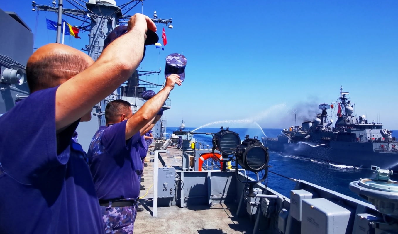 fregata naval 1