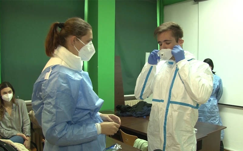 studenti medicina spital doctori