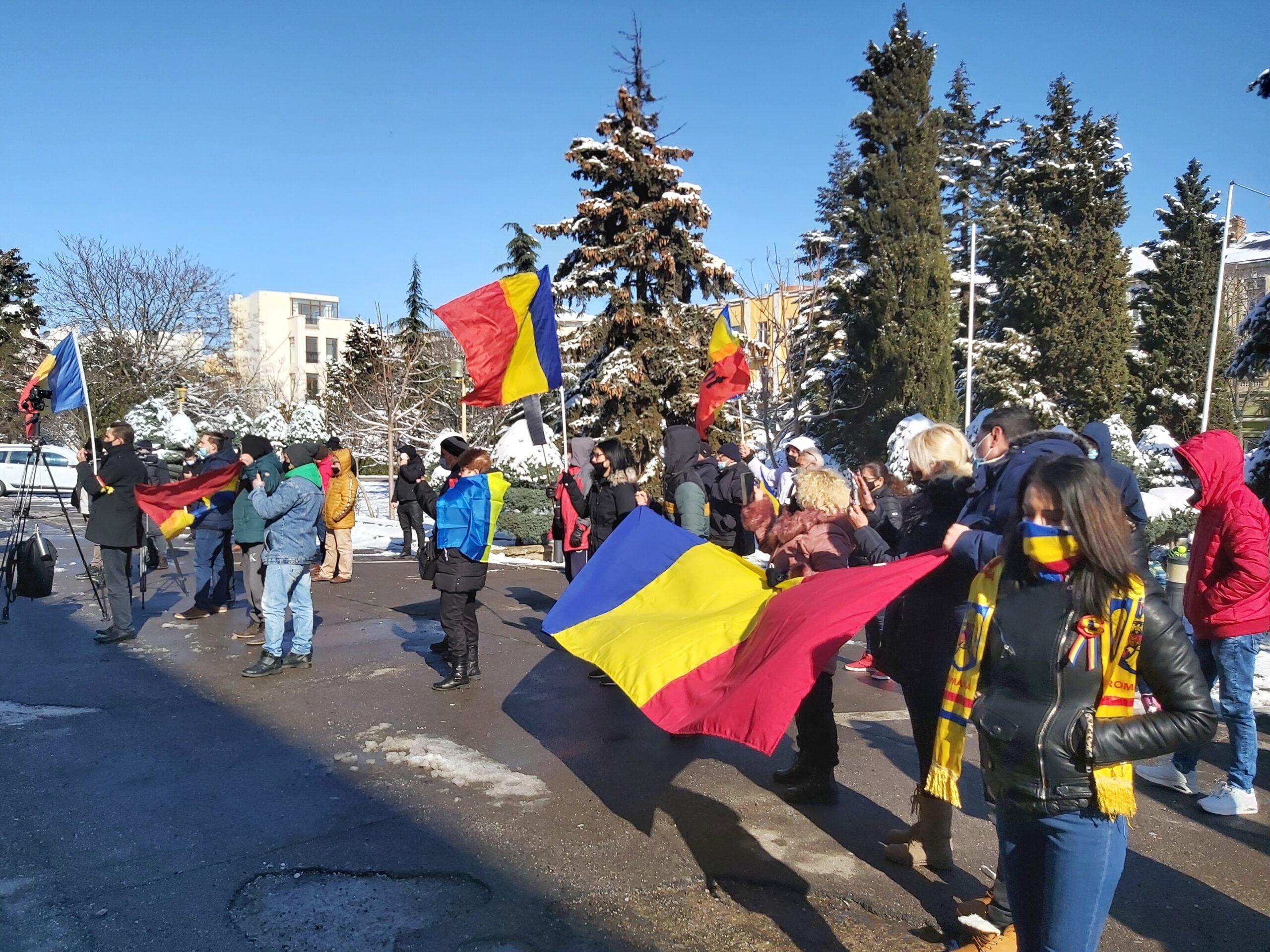protest aur scaled