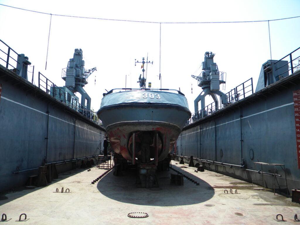 naval 1