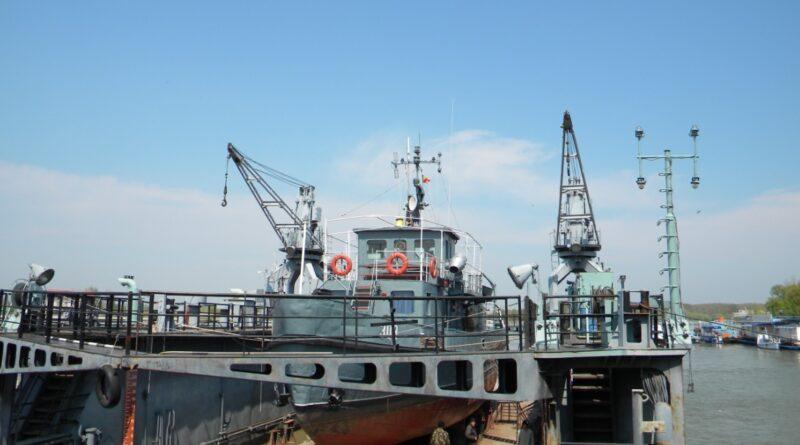 naval4