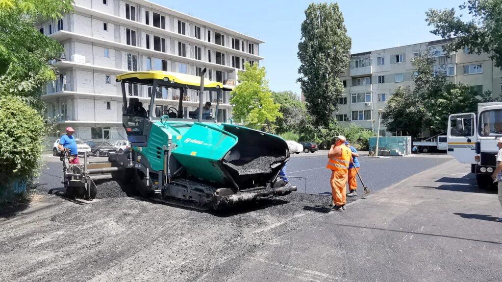 parcari zona Dacia 2