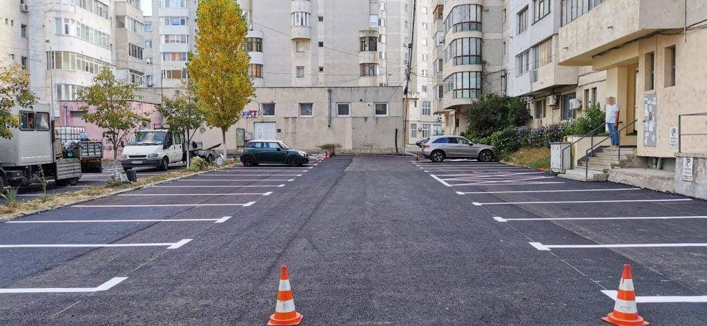 parcari strada Fagetului 1